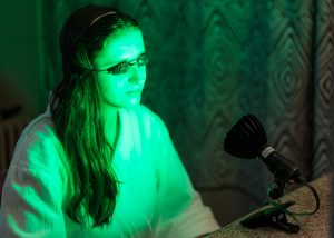 Green Light Therapy for Natural Rosacea Treatment